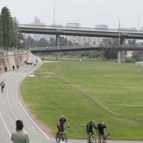 C's Santa Coloma solicita medidas para reforzar la seguridad de los peatones en el Parc Fluvial del Besós